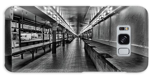 Empty Pike Place Market In Seattle Galaxy Case