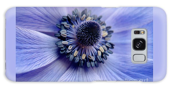 Expressive Blue And Purple Floral Macro Photo 706 Galaxy Case