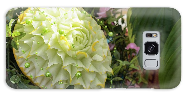 Extravagant Jeweled Dishes - Carved Melon Flower With Green Pearls Galaxy Case