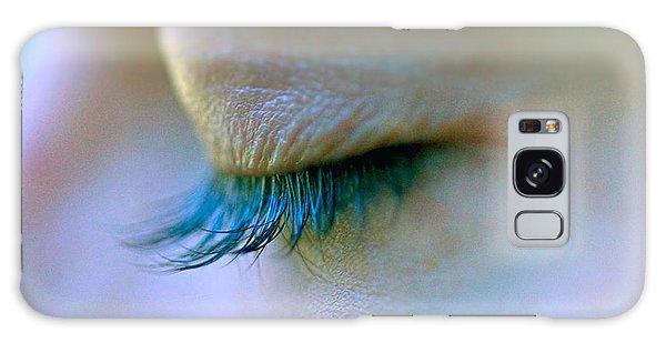Eyelashes Galaxy Case