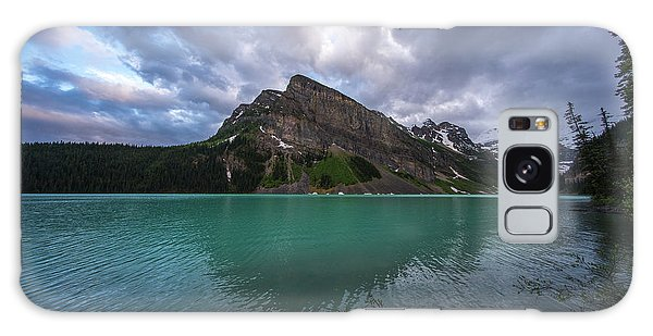 Moraine Lake Galaxy Case - Fairview Mountain And Lake Louise by Mike Reid