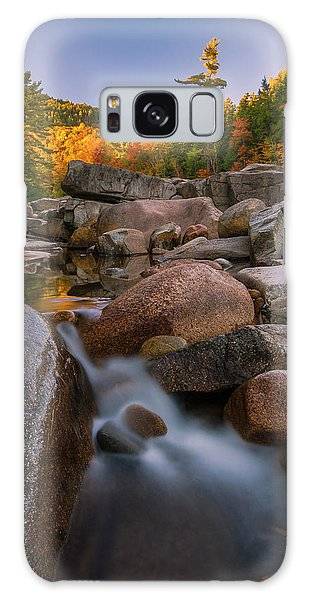 Fall Foliage In New Hampshire Swift River Galaxy Case