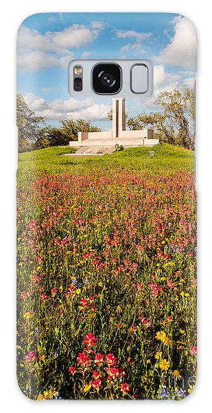 Fannin Monument And Memorial With Wildflowers In Goliad - Coastal Bend South Texas Galaxy Case