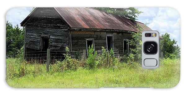 Galaxy Case featuring the photograph Farmhouse Abandoned by Doug Camara