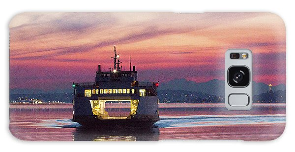 Ferry Issaquah Docking At Dawn Galaxy Case