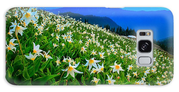 Expanse Galaxy Case - Field Of Avalanche Lilies by Inge Johnsson