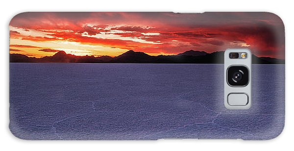 Galaxy Case featuring the photograph Fight For The Light by Edgars Erglis