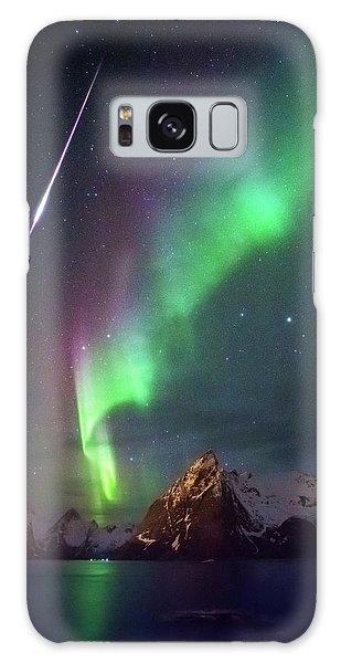 Fireball In The Aurora Galaxy Case by Alex Conu