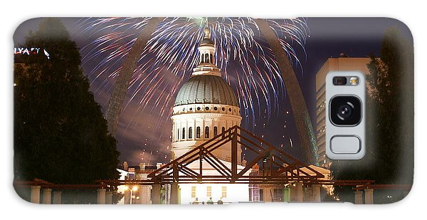 Fireworks At The Arch 1 Galaxy Case