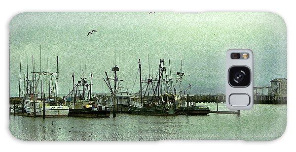 Fishing Boats Columbia River Galaxy Case
