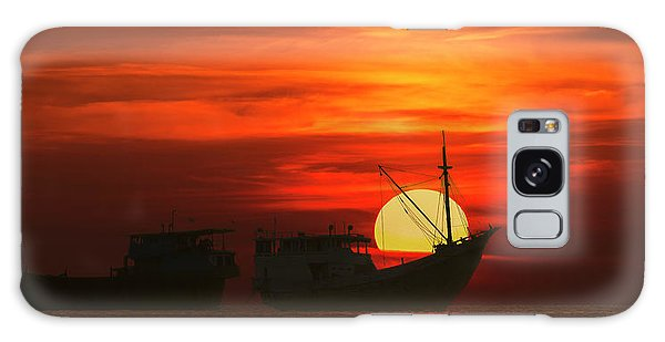 Fishing Boats In Sea Galaxy Case