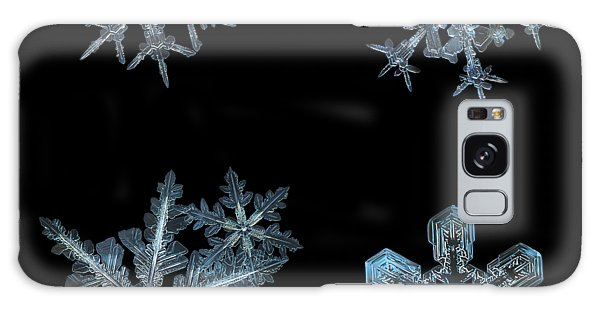 Five Snowflakes On Black 3 Galaxy Case