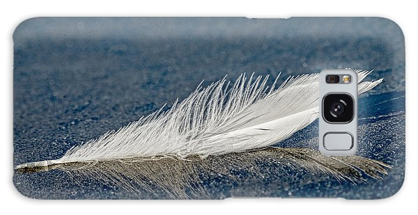 Floating Feather Reflection Galaxy Case