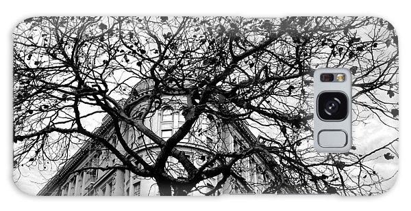Flood Building - San Francisco - Corner Tree View Black And White Galaxy Case