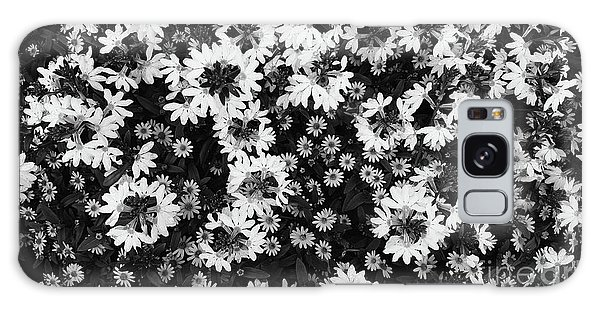 Floral Texture In Black And White Galaxy Case