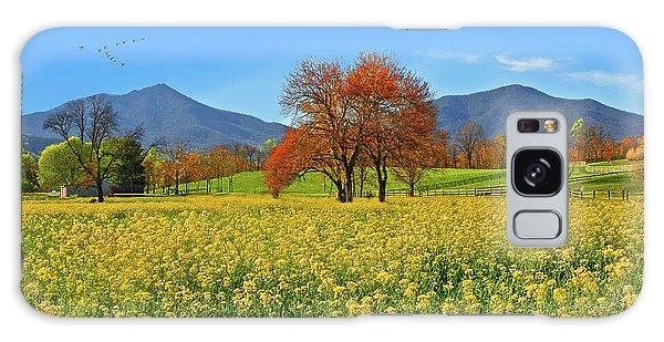 Flowering Meadow, Peaks Of Otter,  Virginia. Galaxy Case