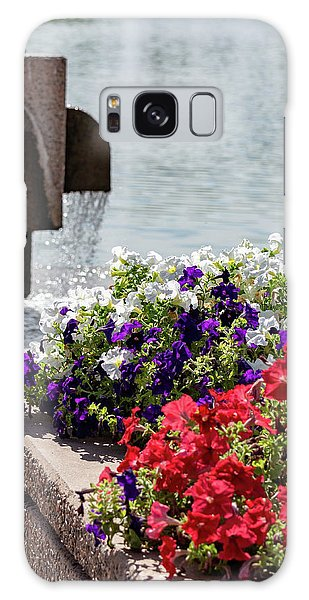 Flowers And Water Galaxy Case
