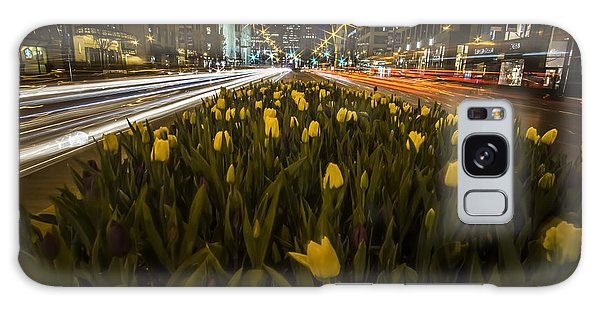 Flowers At Night On Chicago's Mag Mile Galaxy Case