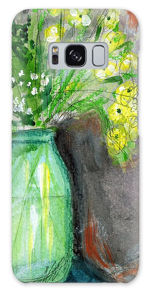 Daisy Galaxy S8 Case - Flowers In A Green Jar- Art By Linda Woods by Linda Woods