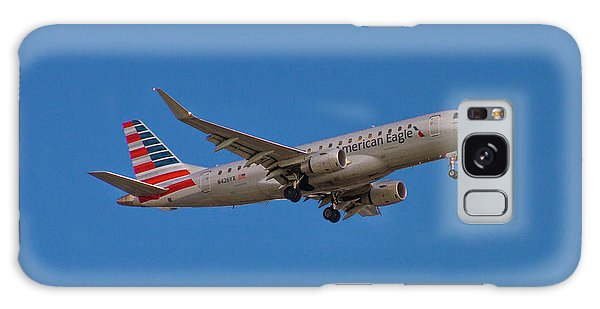 Flying In American Eagle Embraer 175 N426yx Galaxy Case