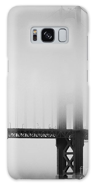 Fog At The Golden Gate Bridge 4 - Black And White Galaxy Case