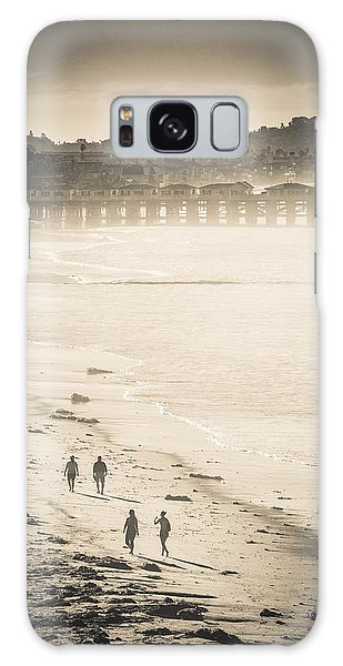 Foggy Beach Walk Galaxy Case