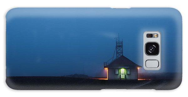 Foggy Dawn At Kew Beach Galaxy Case