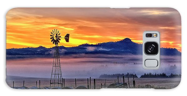 Foggy Spearfish Sunrise Galaxy Case