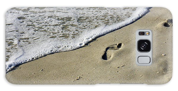 Footprints On The Beach Galaxy Case