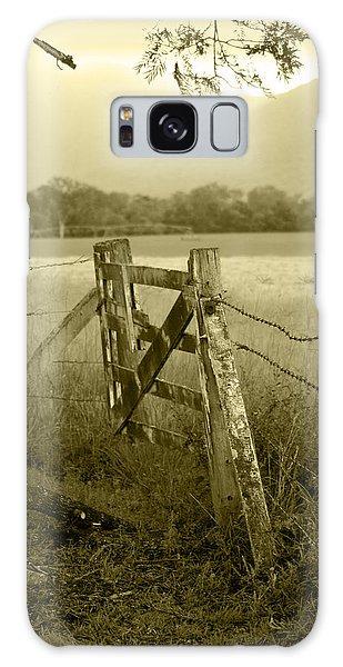 Landscape Galaxy Case - Forgotten Fields by Holly Kempe