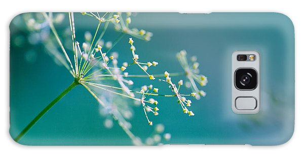 Outdoor Galaxy Case - Fragile Dill Umbels by Nailia Schwarz