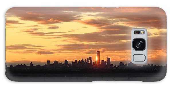 Freedom Tower Reflection Galaxy Case