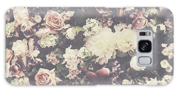 Fresh Flower Pattern Background Galaxy Case
