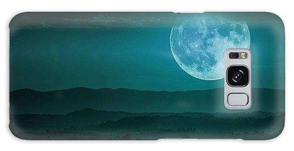 Full Moon Over Tuscany Galaxy Case