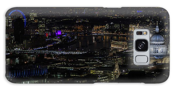 Full Color Moon Rising Over London Skyline  Galaxy Case