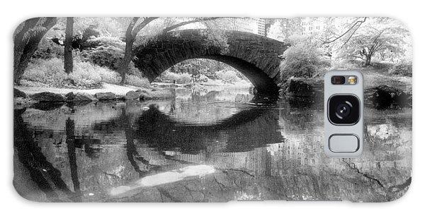 Gapstow Bridge Ir H Galaxy Case by Dave Beckerman