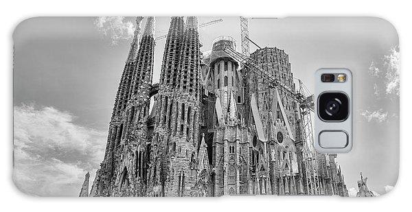Gaudi La Sagrada Blk Wht Galaxy Case