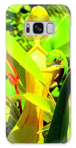 Gecko On Mosquito Catcher Orchid Galaxy Case