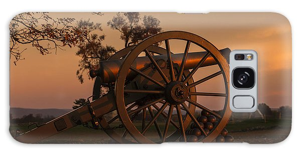 Gettysburg - Cannon With Cannon Balls At Sunrise Galaxy Case