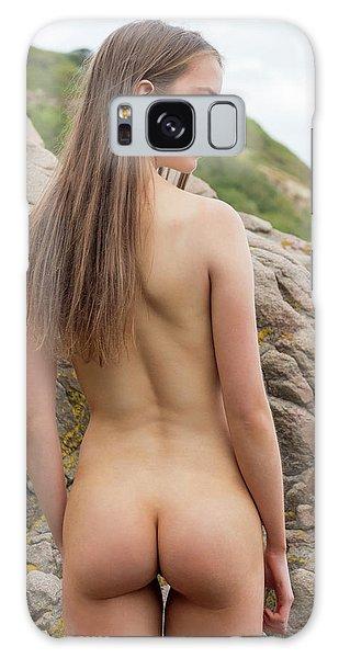 Girl On The Rocks Galaxy Case