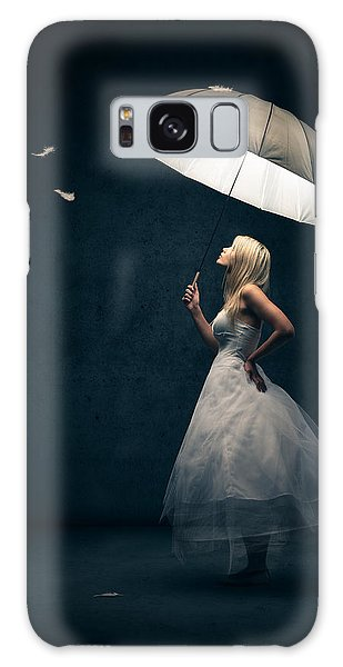 Magician Galaxy S8 Case - Girl With Umbrella And Falling Feathers by Johan Swanepoel