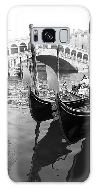 Gondole At Rialto Bridge Galaxy Case