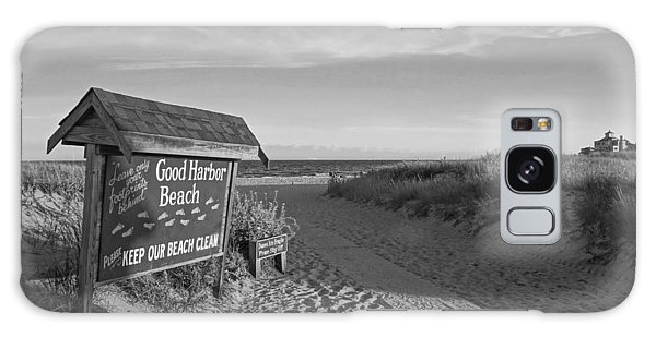 Good Harbor Sign At Sunset Black And White Galaxy Case