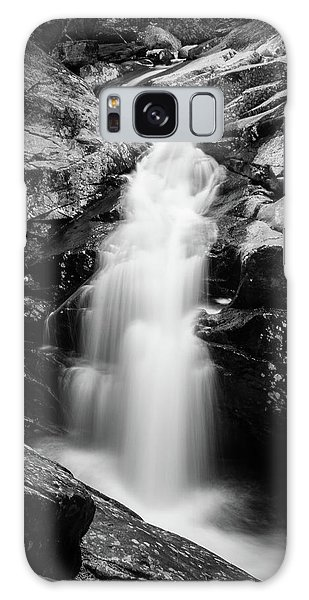 Gorge Waterfall In Black And White Galaxy Case