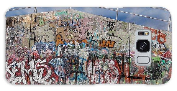 Graffiti Wall Galaxy Case