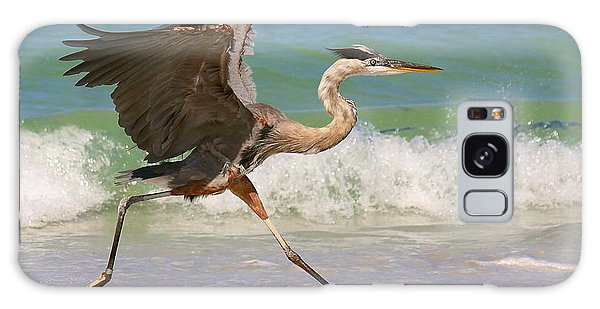 Great Blue Heron Running In The Surf Galaxy Case