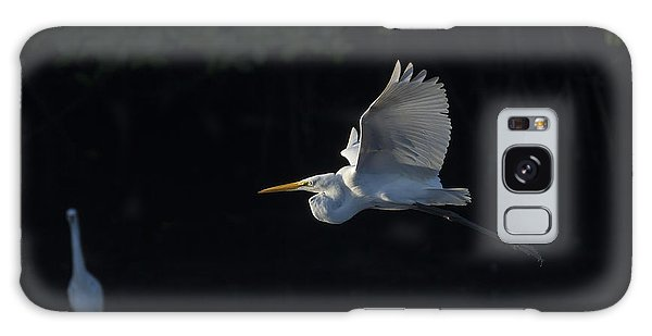 Great Egret In Morning Flight Galaxy Case