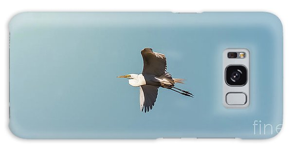 Great White Egret In Flight Galaxy Case by Robert Frederick