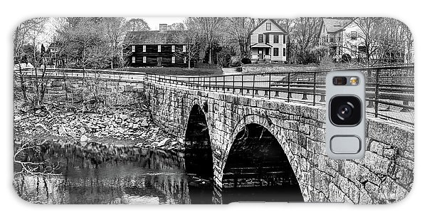 Green Street Bridge In Black And White Galaxy Case