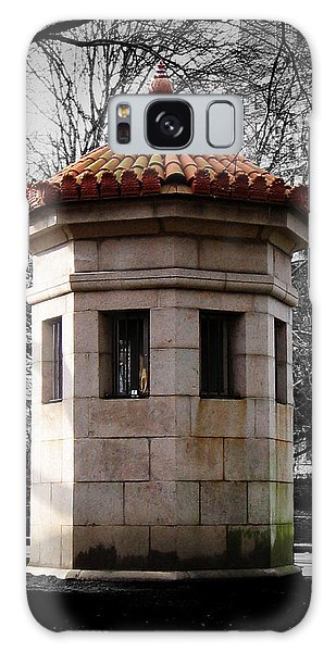 Guardhouse In Prospect Park Brooklyn Ny Galaxy Case